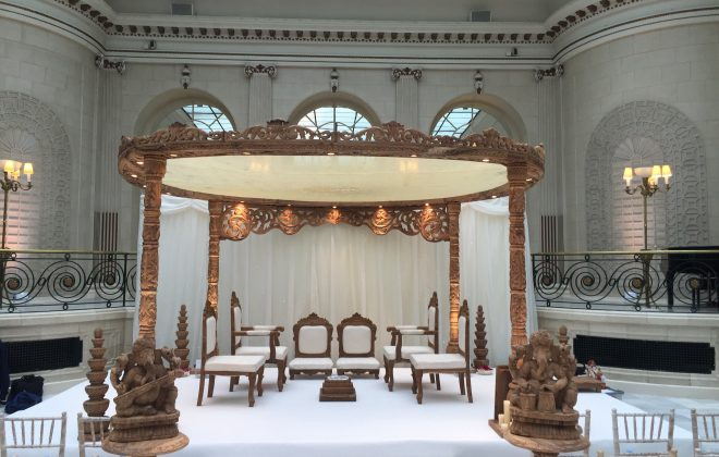 4 pillar Aashiqui mandap with roof cover and archway